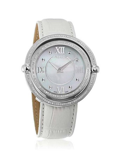 The new collection from ALOR Swiss Watches features many top-quality details such as mother-of-pearl dials and diamonds.
