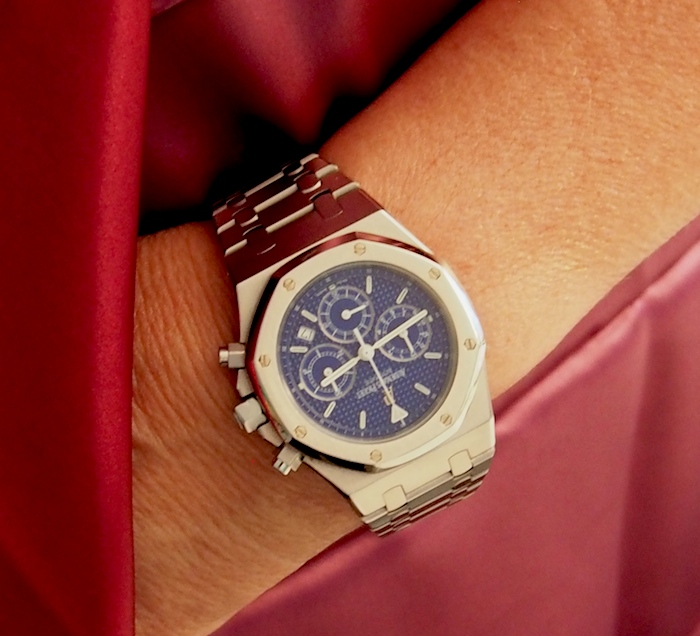 The Audemars Piguet Royal Oak Chronograph houses an automatic movement