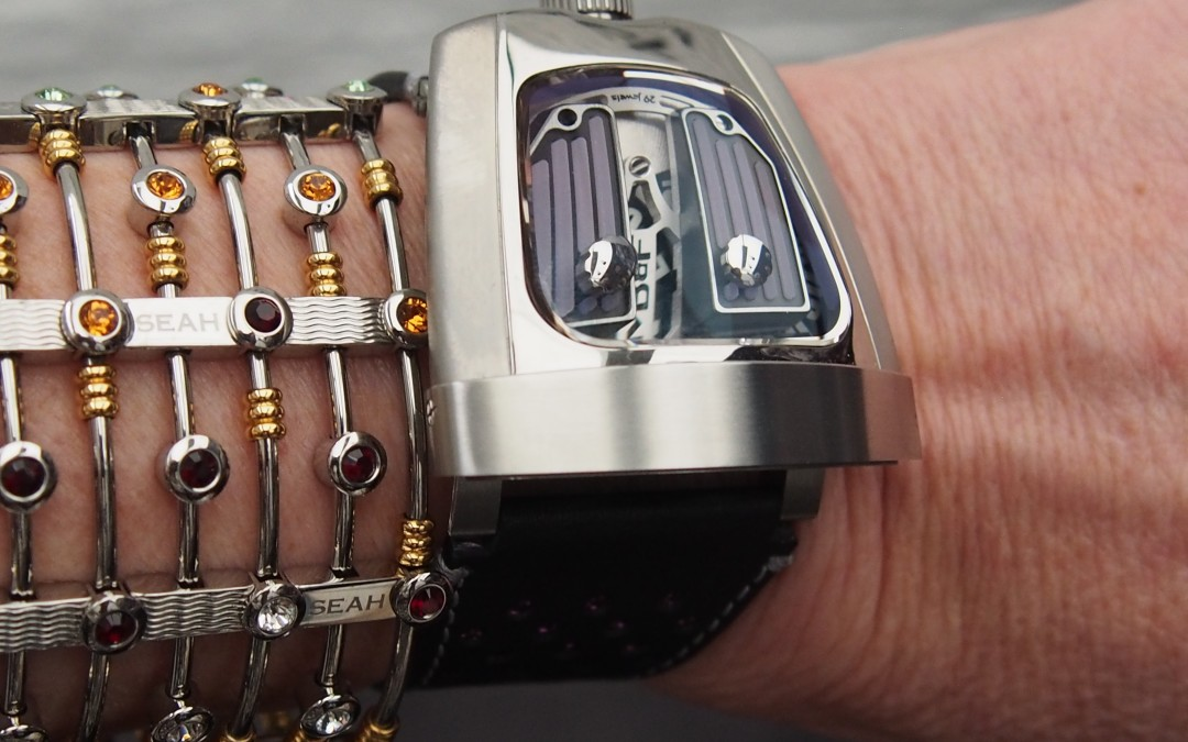 3D Space-Age Glowing Watches for the Female Wrist: MB&F  HMX Black Badger