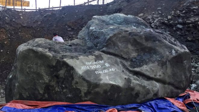 Myranmar Miners Unearth 175-Ton Chunk of Jade Valued at $170 Million