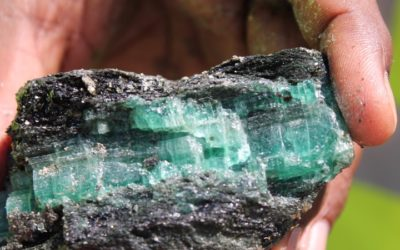 Would You Pay $300,000 for a 7.2-Carat Emerald, and a Trip to the Emerald Mine?